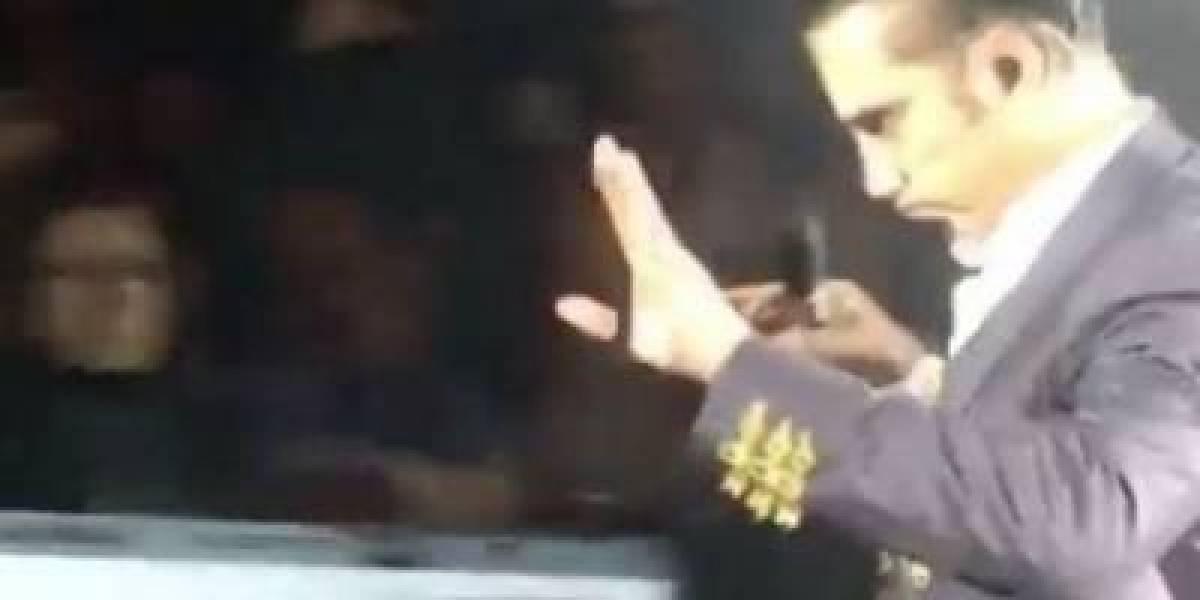 Captan a Alejandro Fernández ebrio durante concierto