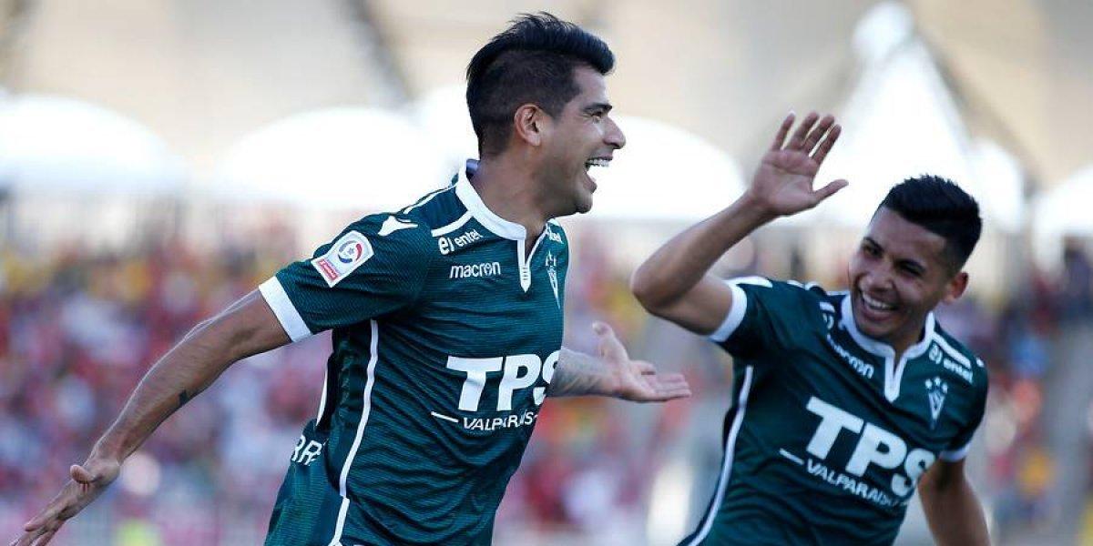 Santiago Wanderers derrota a Unión La Calera y mantiene un pie dentro de Primera División