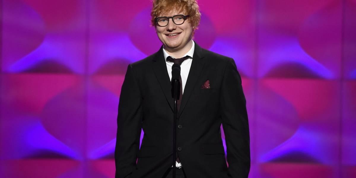 Ed Sheeran acertou Justin Bieber com taco de golfe