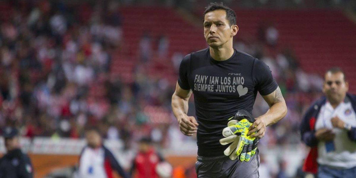 Rodolfo Cota agradece a Vergara y Almeyda su permanencia en Chivas