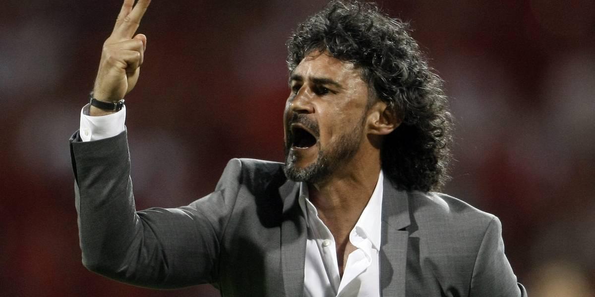 Leonel Álvarez fue despedido un partido después de eliminar a Nacional