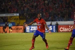 Felipe Baloy celebra