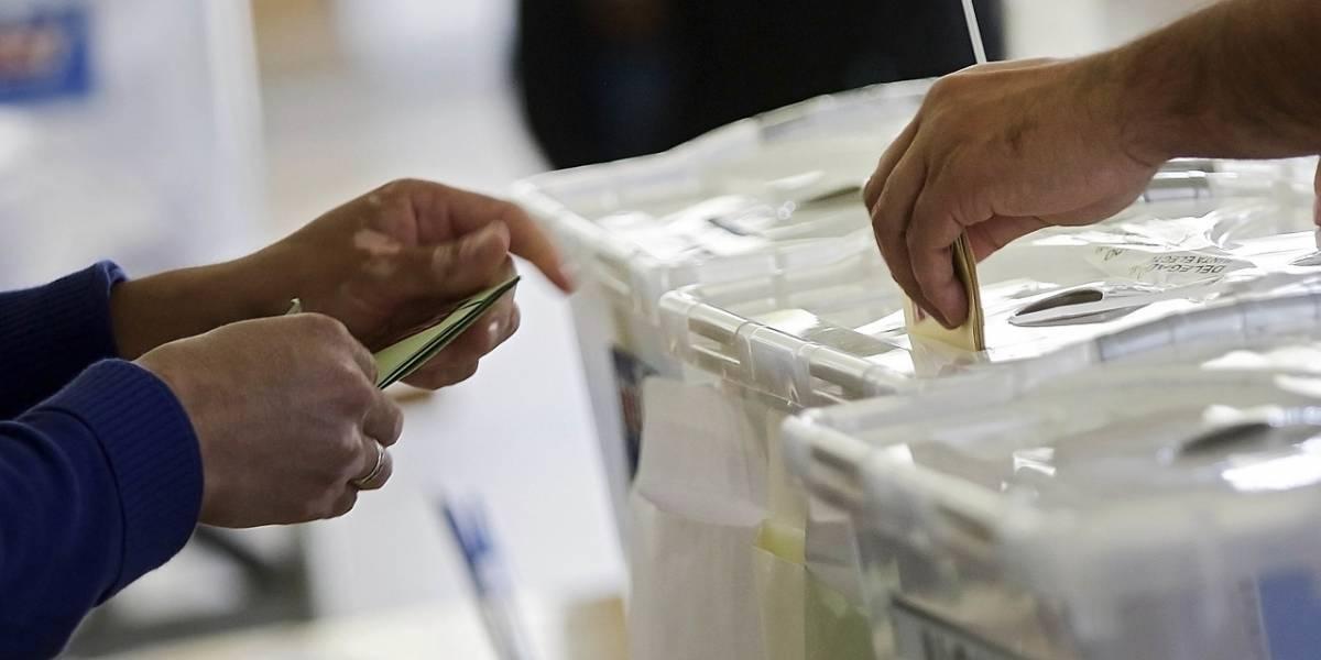 """Carabineros """"arround the world"""": así es cómo los uniformados resguardarán el voto en el extranjero"""