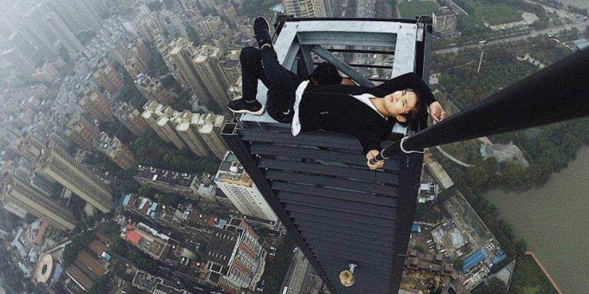 As assustadoras fotos do youtuber que morreu após cair de edifício de 62 andares; veja