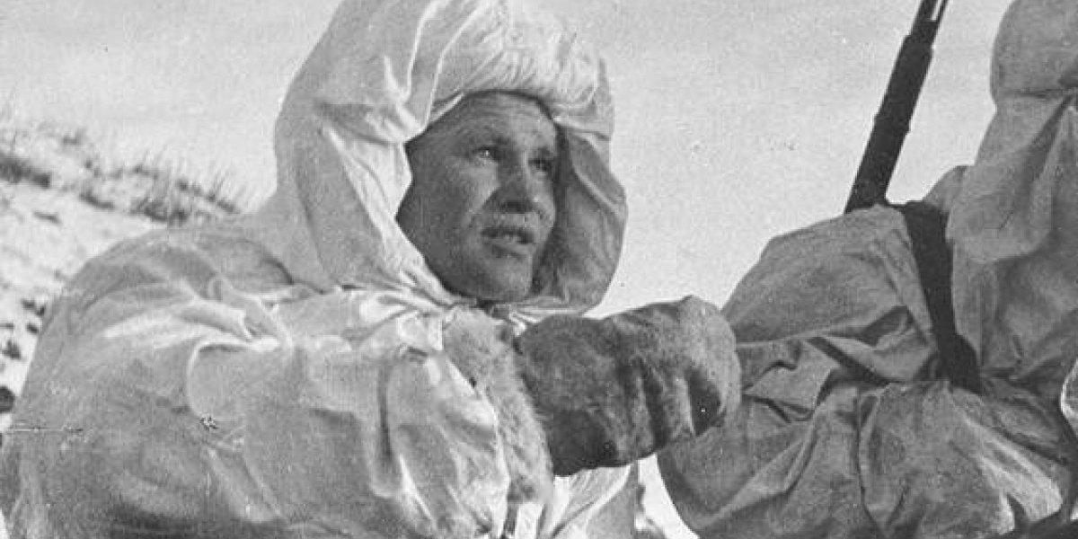 El francotirador que mató 242 nazis y eliminó a tres enemigos con una sola bala