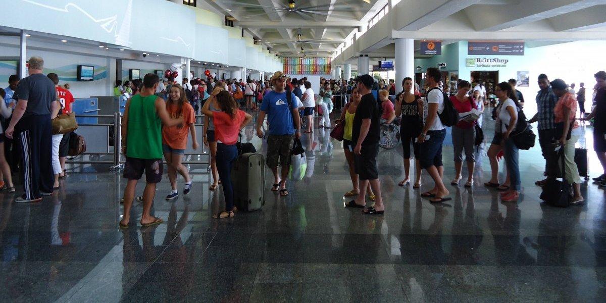 Más de 100 mil pasajeros arribarán al país por aeropuerto de PP para feriado navideño