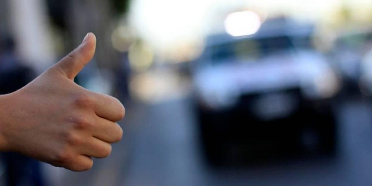 """Hizo """"dedo"""" en la vía pública, dos mujeres fueron en su ayuda y terminó viviendo la peor pesadilla: fue violado por ambas"""