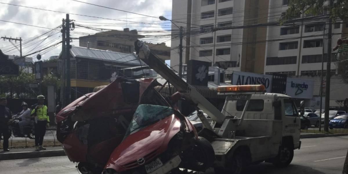 Un fallecido deja accidente de tránsito en Avenida Reforma