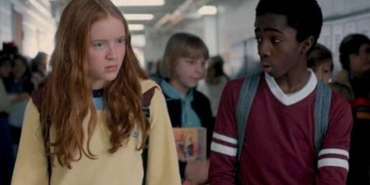 'Lucas' de 'Stranger Things' habló de su polémico beso con 'Max'