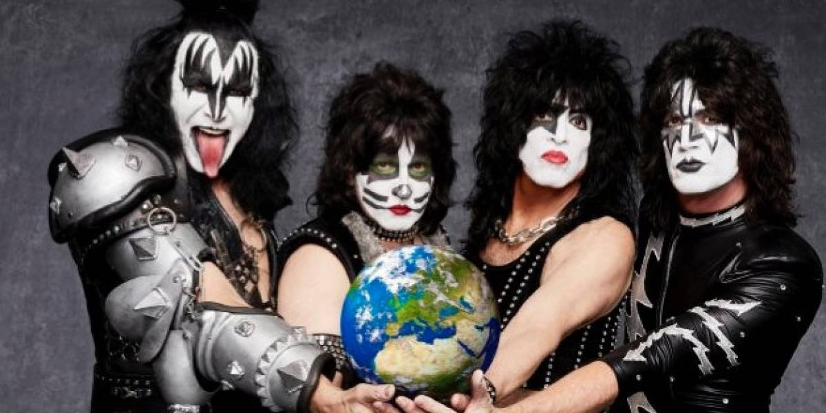 Kiss: Denuncian a rockero Gene Simmons de acoso sexual