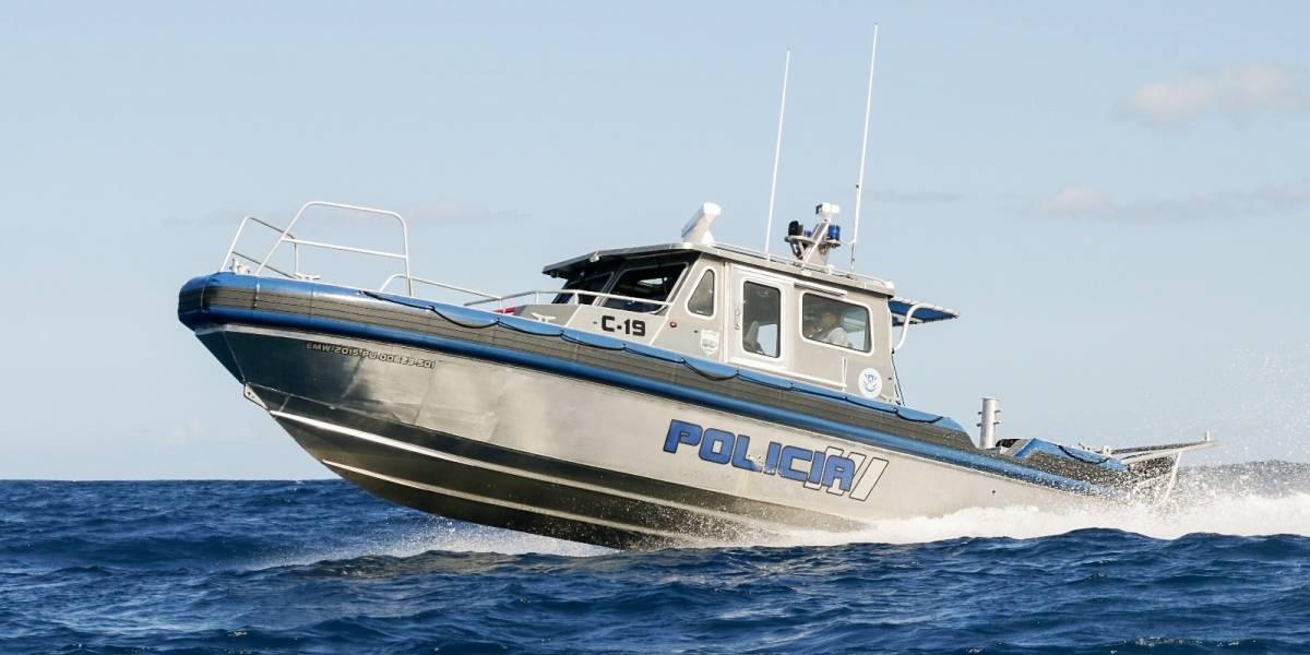 Autoridades rescatan peloteros que cayeron al mar en Vega Baja