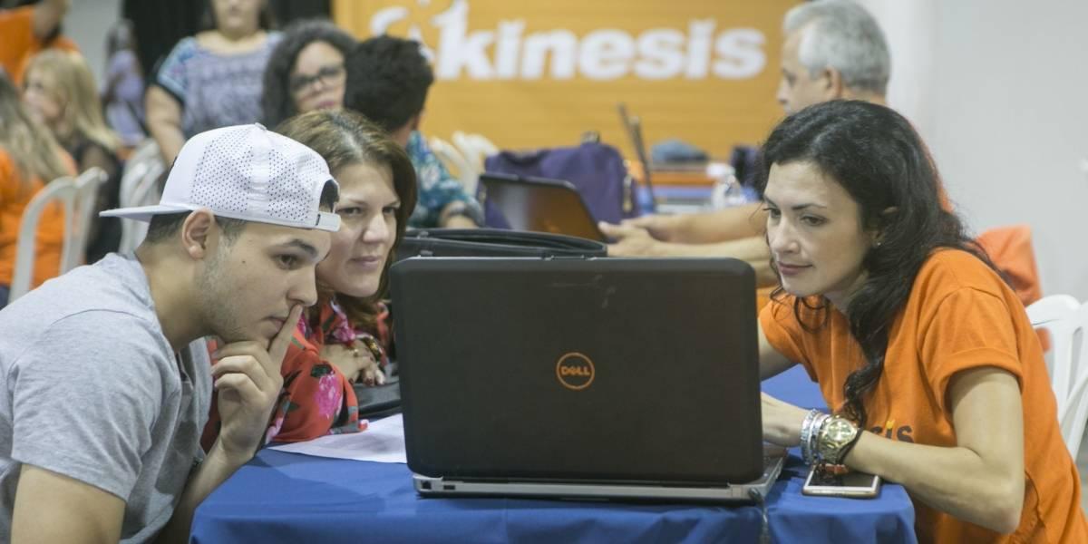 Cientos de estudiantes solicitan ayuda estudiantil federal