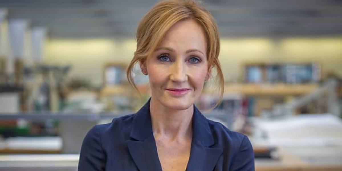 J.K. Rowling usa foto do casamento real para 'cutucar' Donald Trump