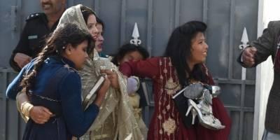 atentadosuicidaiglesiapakistandiciembre20178-e695757ec3b2a39626379a03cd0bbca1.jpg