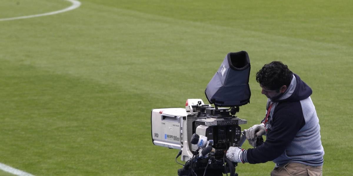 ¿Por qué canal se verá el fútbol chileno este 2018?