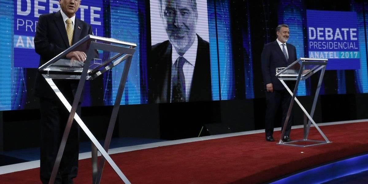 Elecciones en el exterior: Piñera arrasa en Jordania con el 100%, Guillier logra su mejor resultado en Tailandia y hay un empate