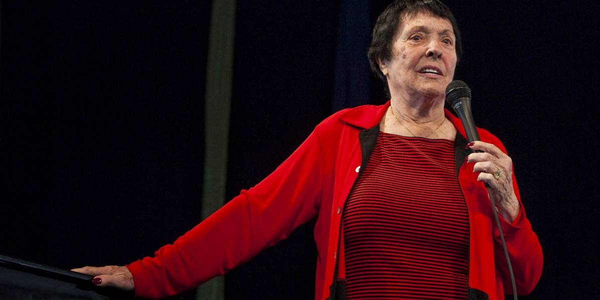 Morre Keely Smith, cantora de jazz e vencedora do Grammy