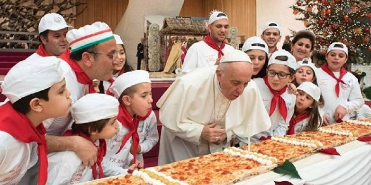 Papa Francisco cumple 81 años y lo celebra con pizza