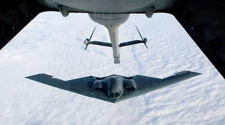 bombardero B-2