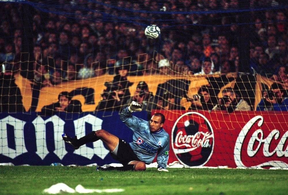 En la gran final de la Copa Libertadores de 2001 frente a Boca Juniors. / Mexsport