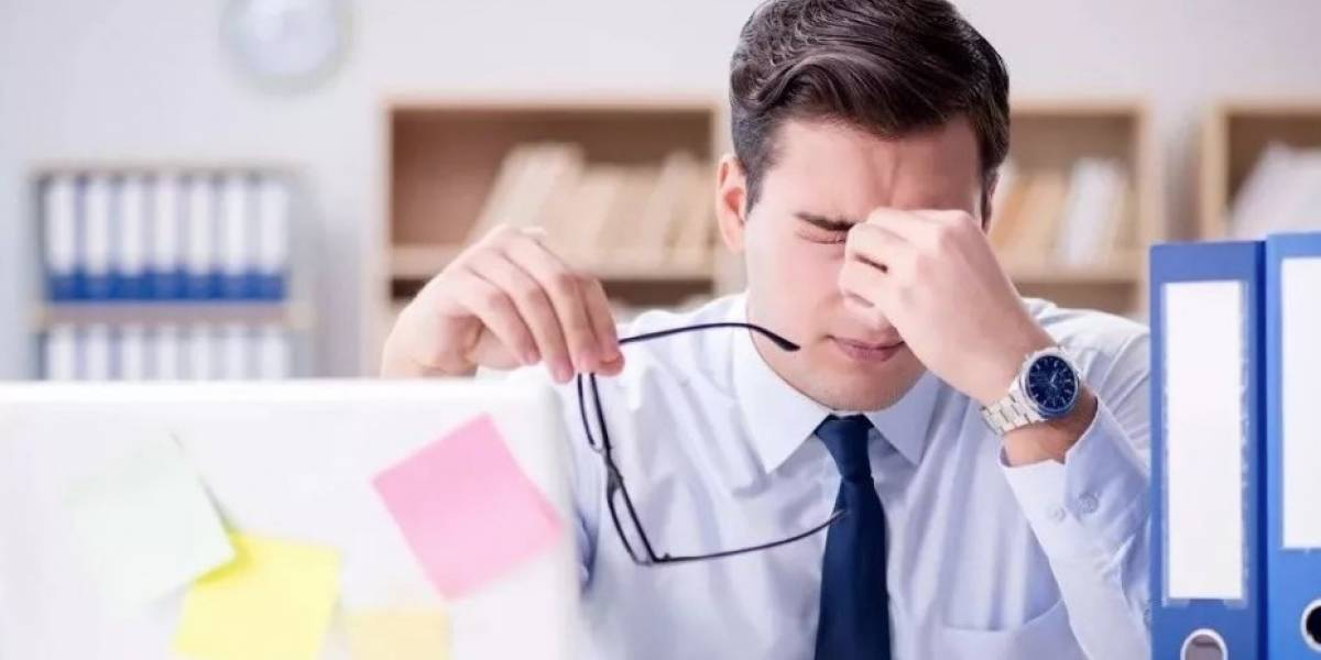 ¿Eres adicto a la tecnología?Podrías desarrollarel síndrome del ojo seco