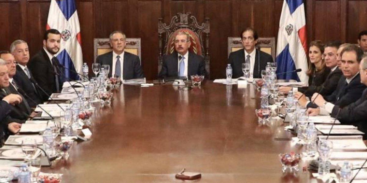 Presidente Danilo Medina encabeza segunda sesión del pleno de COMPETITIVIDAD