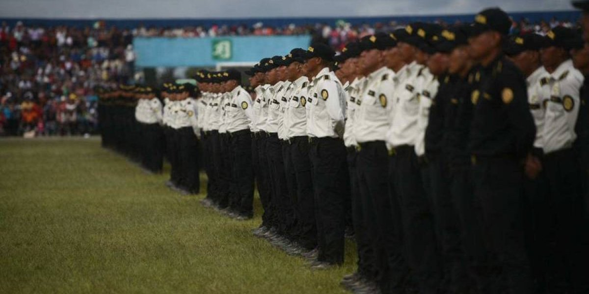 Personal de PNC y PMT es puesto en cuarentena por prevención