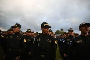 Policías graduandos