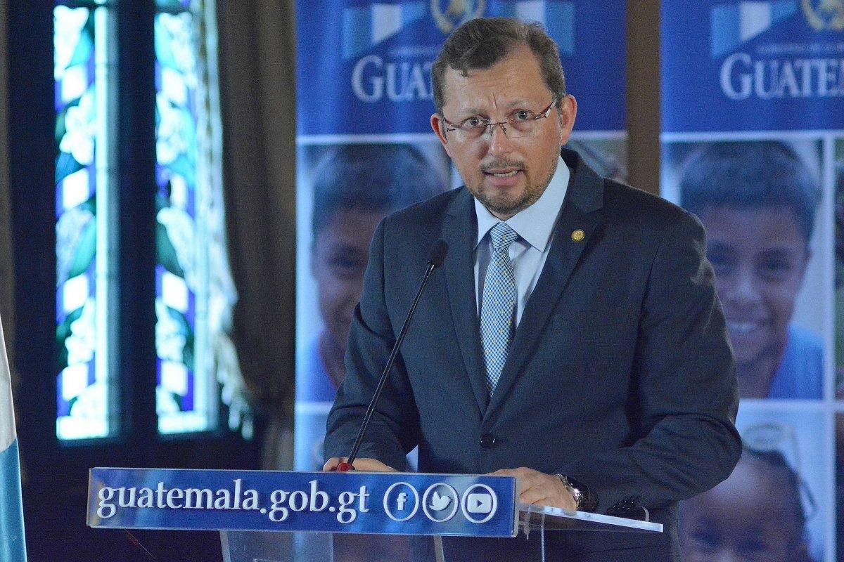 vocero presidencial Heinz Hiemann