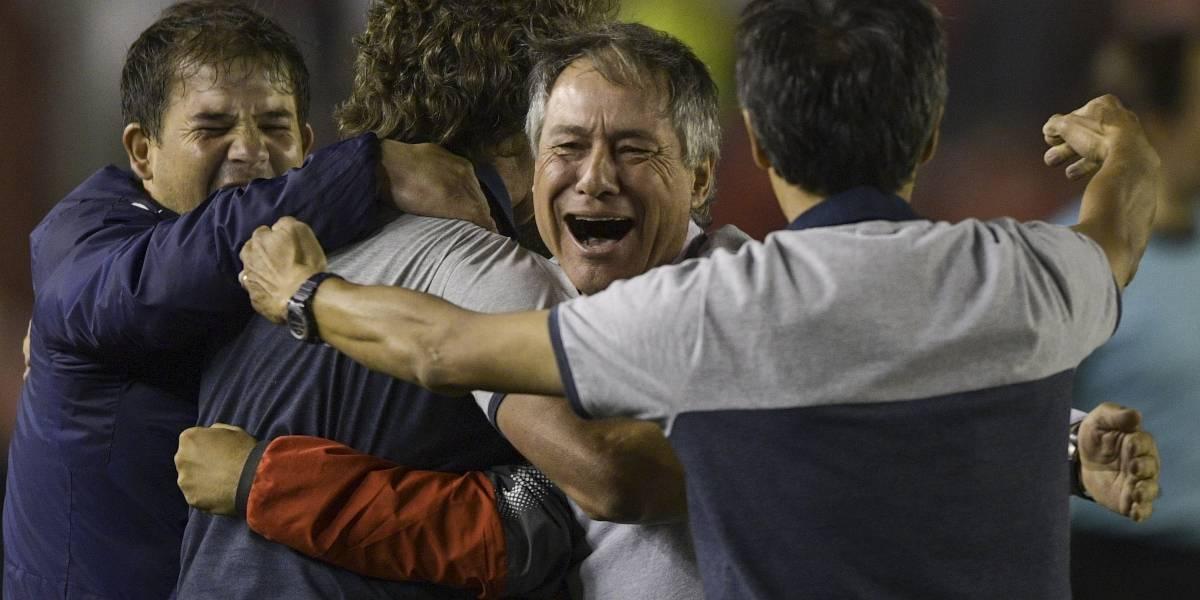 """En el Rojo no creen que Holan se cambie a la Roja: """"La prioridad para él es Independiente"""""""