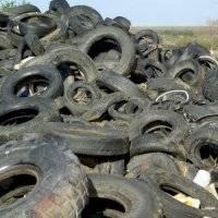 Activan la Guardia Nacional para recoger neumáticos en toda la isla