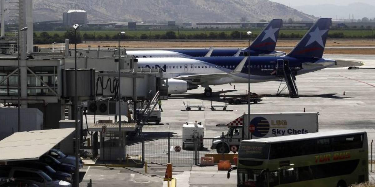 Chile firma nueve acuerdos de Cielos Abiertos y dos convenios de servicios aéreos