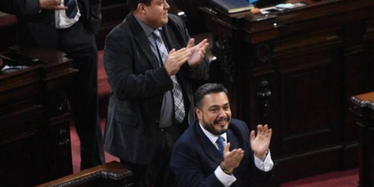 Alianza legislativa liderada por el oficialismo mantiene el pulso por la directiva