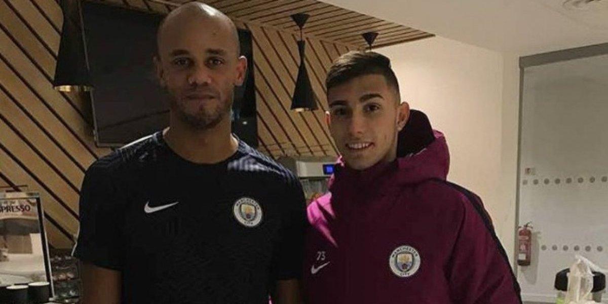 Juvenil argentino de la U luce su prueba en el City de Bravo y Guardiola