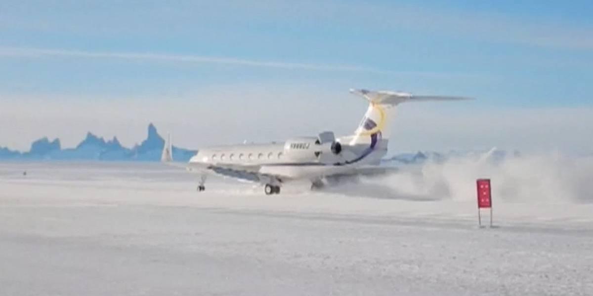 Un vuelo comercial chino aterriza por primera vez en la Antártida para impulsar el turismo
