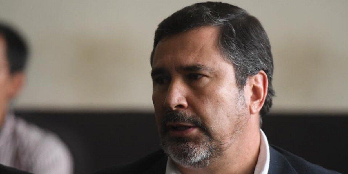 Otorgan arresto domiciliario al exministro de la Defensa, Ulises Anzueto