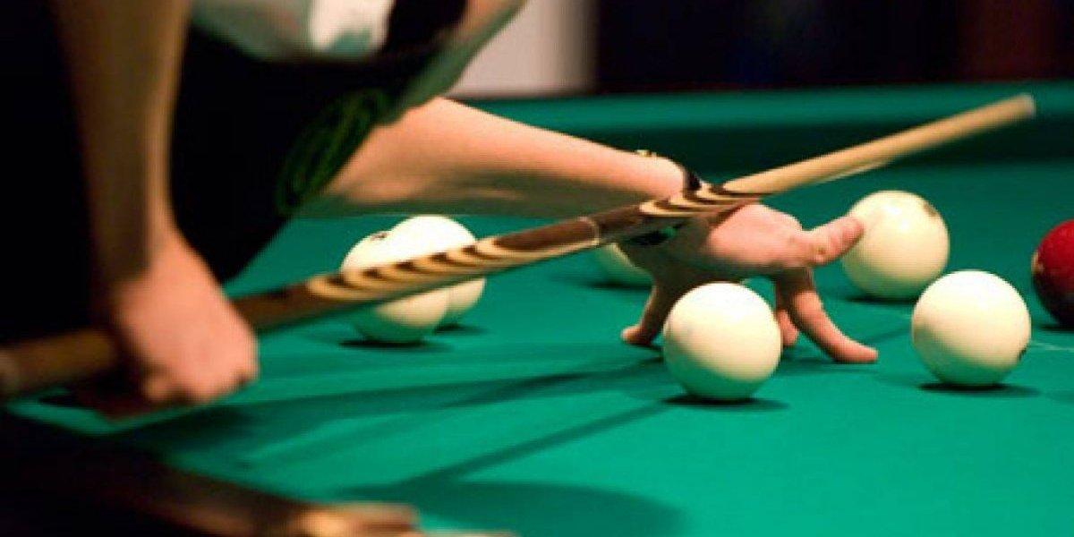 Un hombre mata a otro en discusión mientras jugaban billar