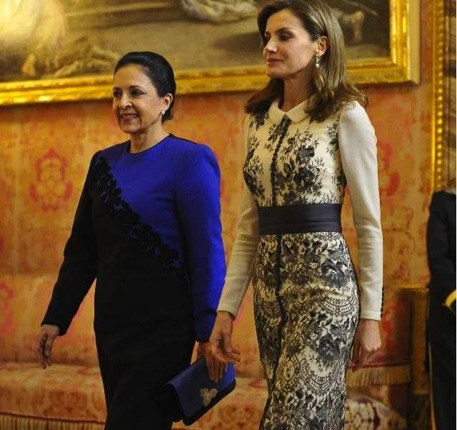 Durante la visita a los Reyes de España