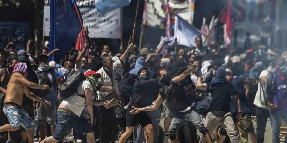 EN IMÁGENES. Las violentas protestas contra la reforma de pensiones en Argentina