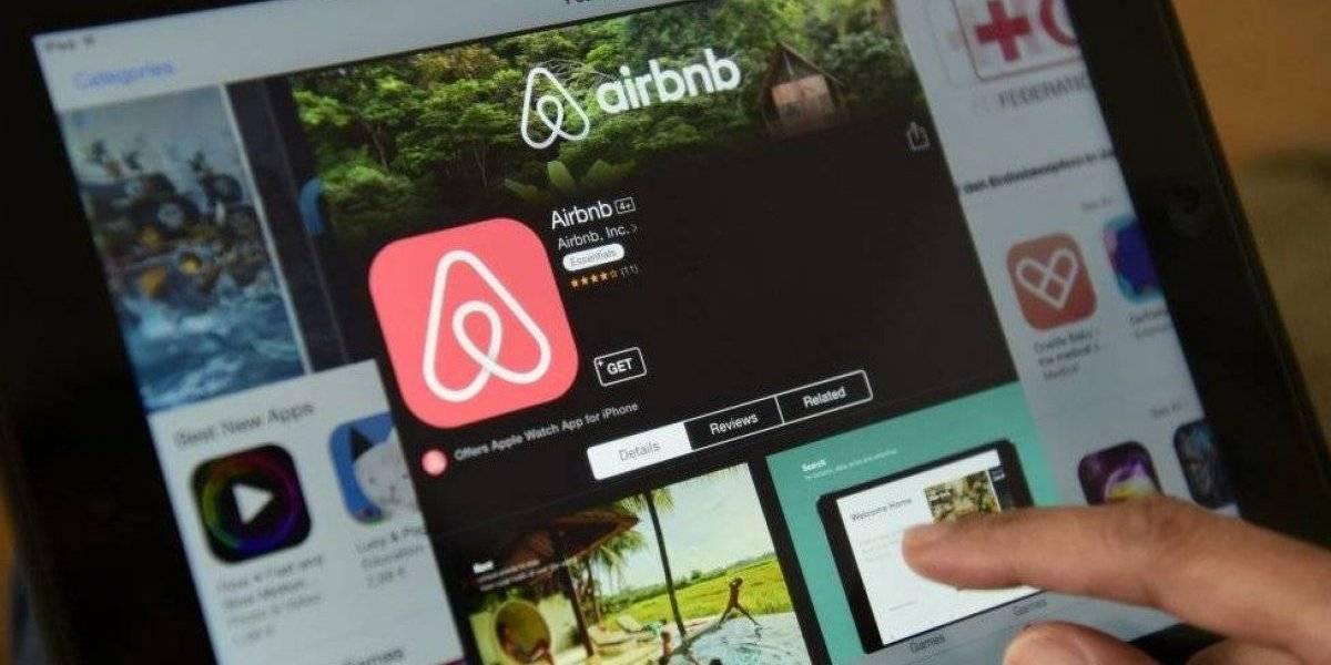 Airbnb prohibirá a menores de 25 años hacer reservaciones cerca de su área de residencia
