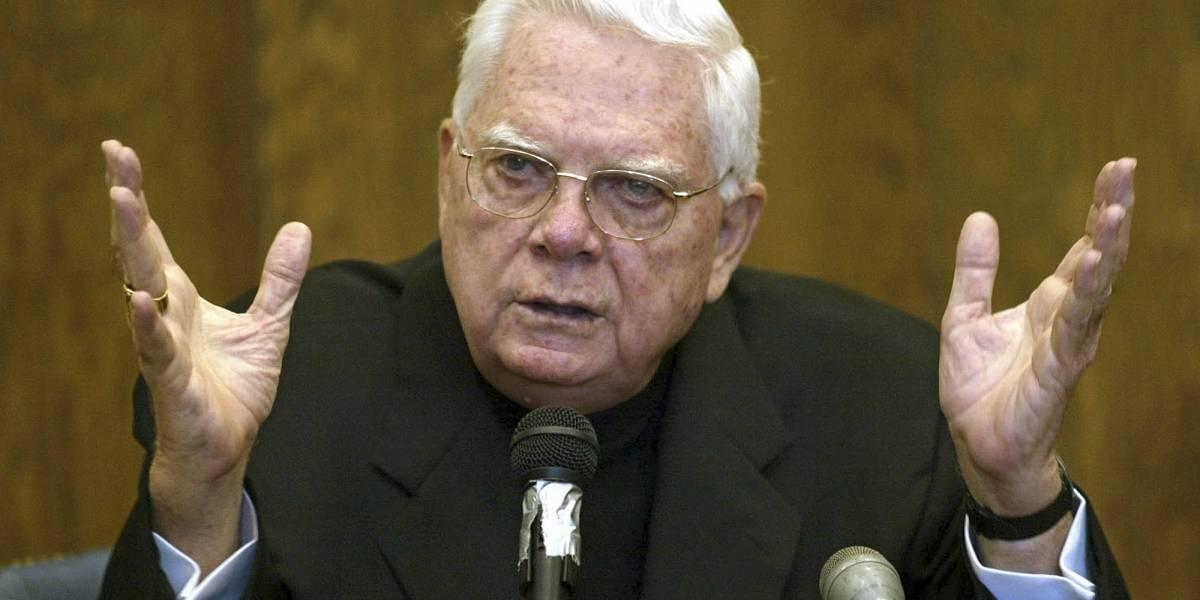 Nunca declaró ante la justicia estadounidense: muere el cardenal Bernard Law, principal acusado de encubrir casos de abusos a cientos de menores en Boston