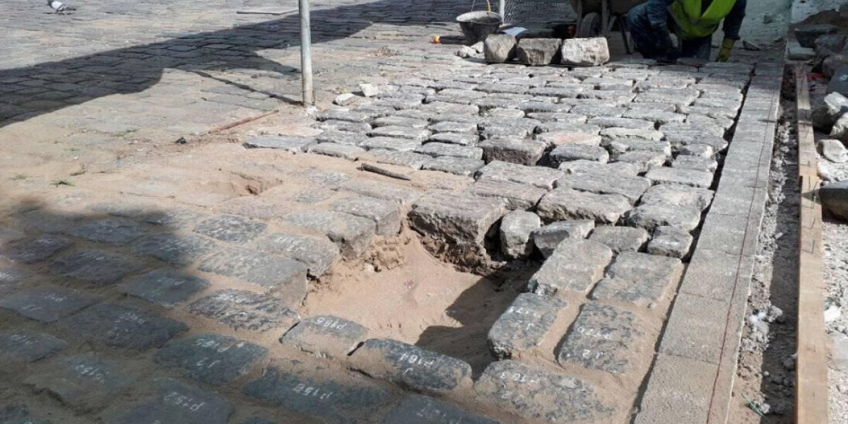Quito: Se inicia reposición de piedras de la Plaza de San Francisco