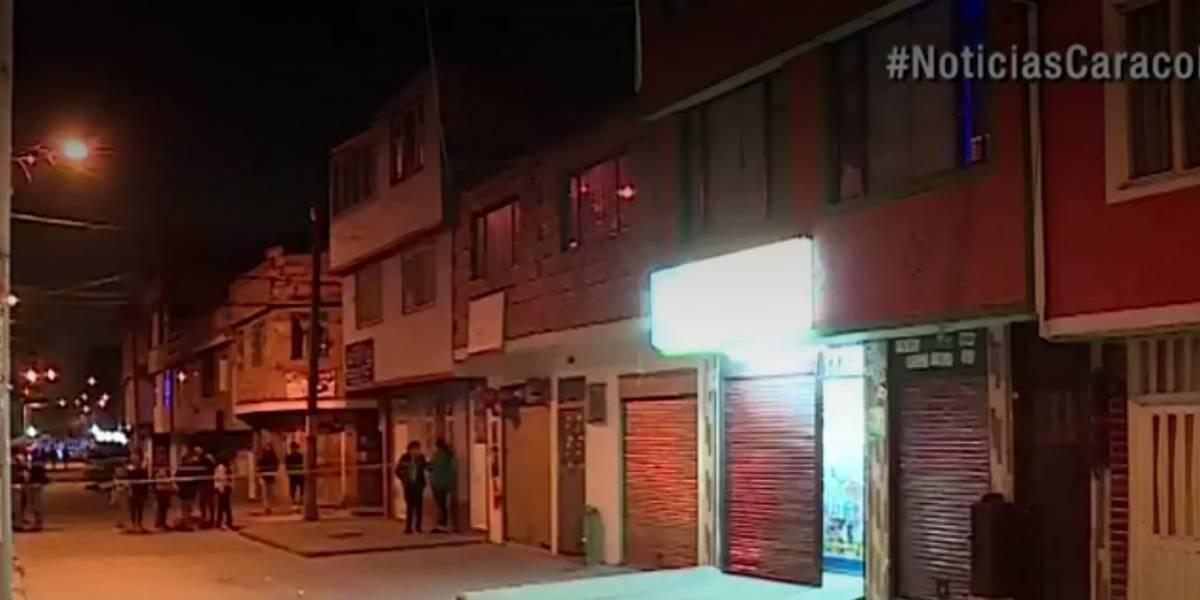 Acaban con la vida de un hombre a disparos en droguería de Bogotá