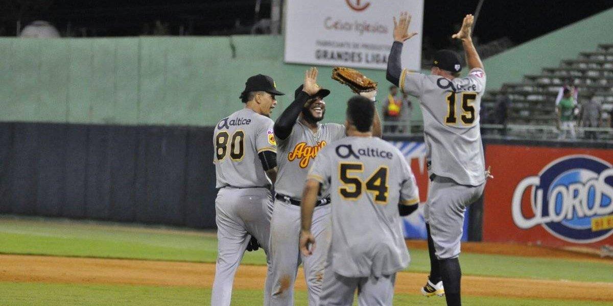 Águilas y Gigantes avanzan a la semifinal del béisbol dominicano