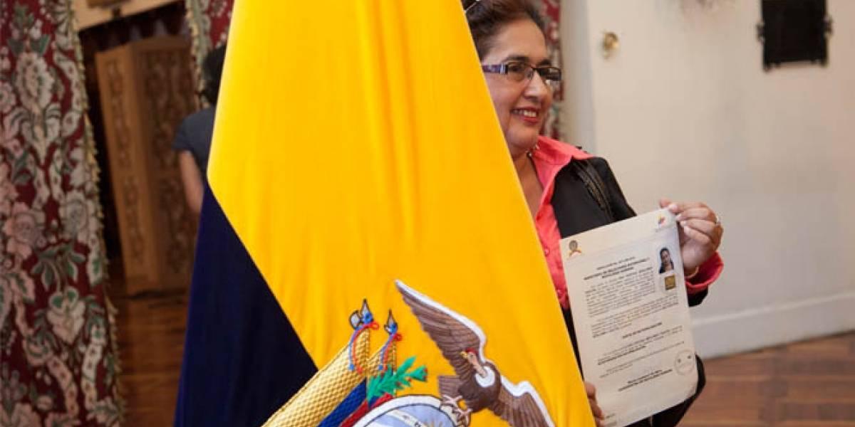 Ecuador expide protocolo para otorgar nacionalidad a solicitantes en exterior