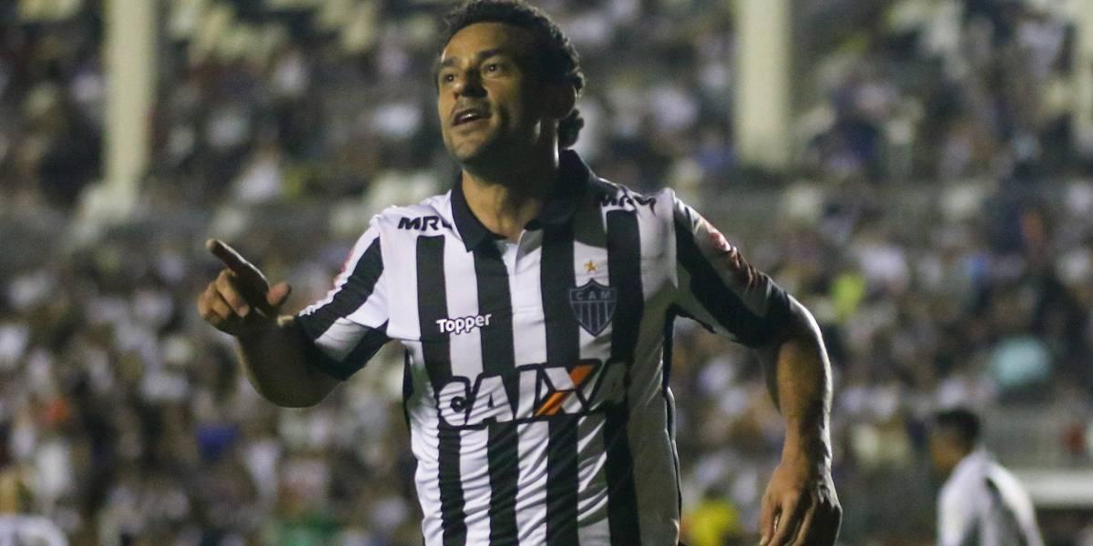 Dirigente do Flamengo nega sondagem a Fred