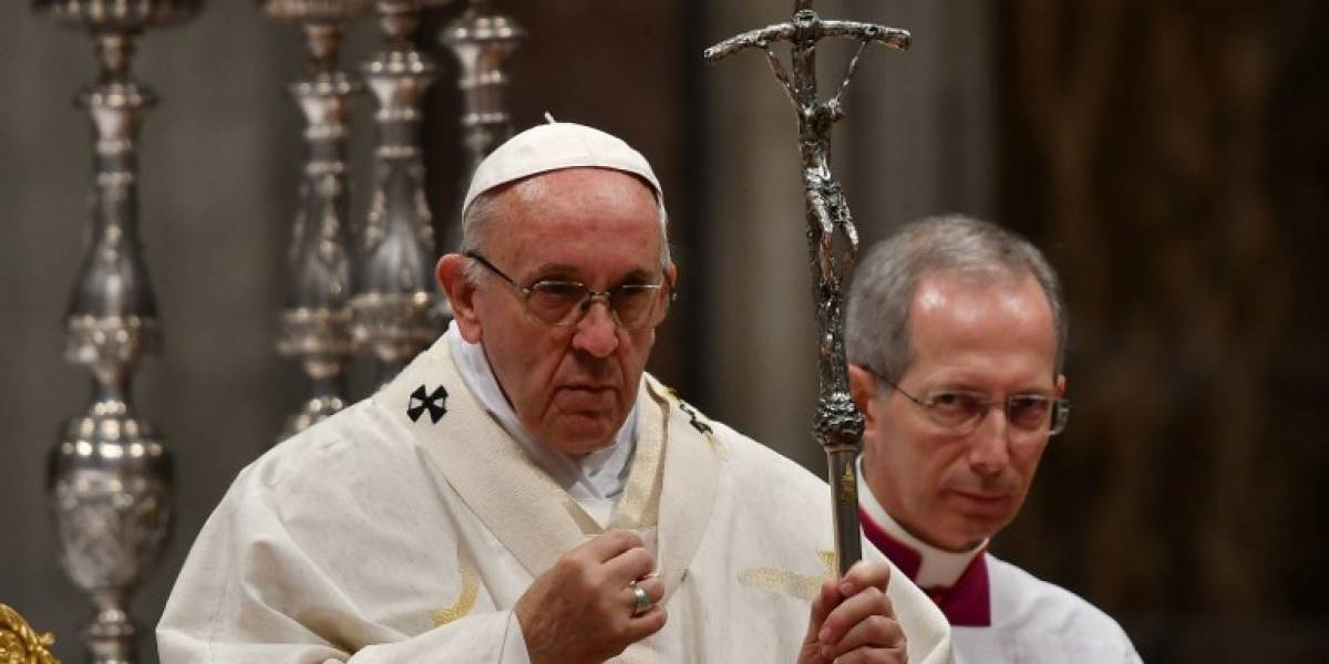 Papa lamenta la muerte de cardenal implicado en escándalo de pedofilia
