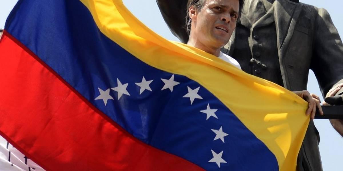 Piden a Maduro liberar a presos políticos antes de Navidad