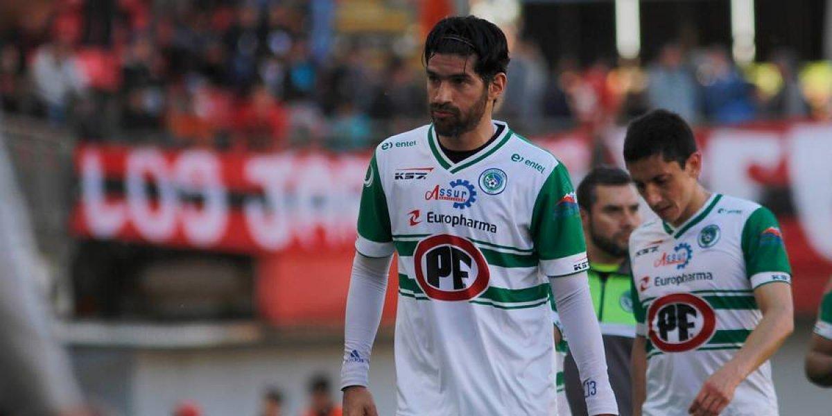 Una cosa de locos: Sebastián Abreu está a un paso de fichar en Audax Italiano