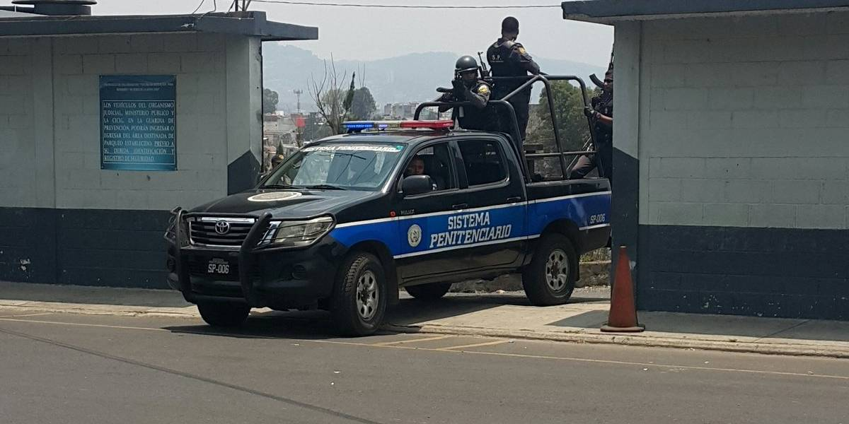 Autoridades penitenciarias realizan operativo en cárcel de Matamoros